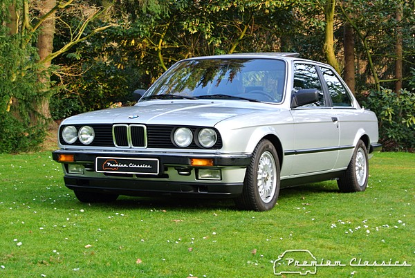 bmw 323i e30 coupe premium classics. Black Bedroom Furniture Sets. Home Design Ideas
